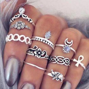 Jewelry - Cute bohemian midi rings